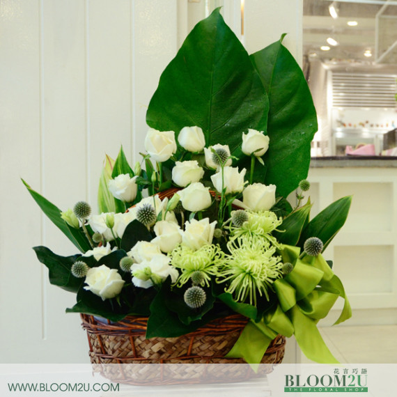 white flower basket