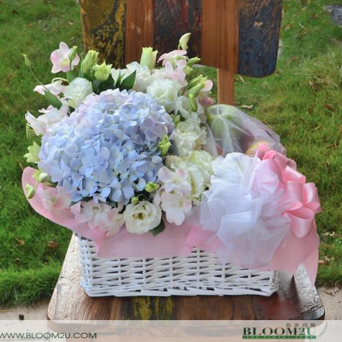 Hydrangea flower basket with fruits