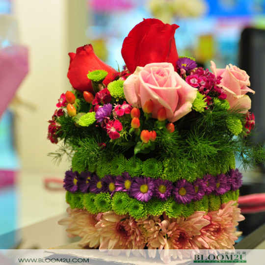 layered flower cake
