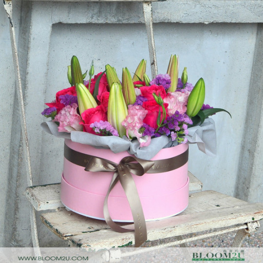 Lilies and Roses Flower Box