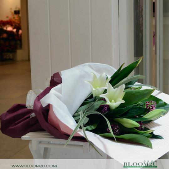 madona lily