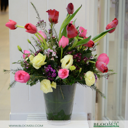 tulips and roses arrangement