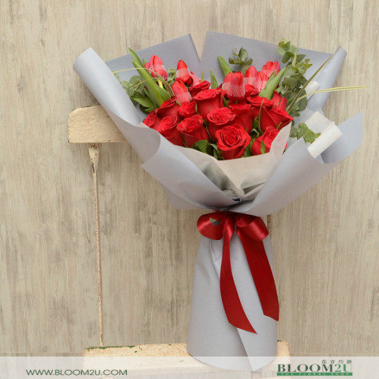Roses with Tulips Bouquet