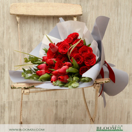 15 Roses with Tulips Bouquet