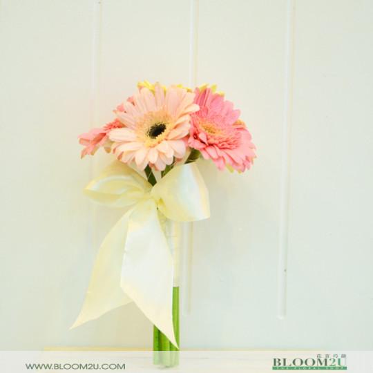 Bridesmaid Bouquet Mignonne
